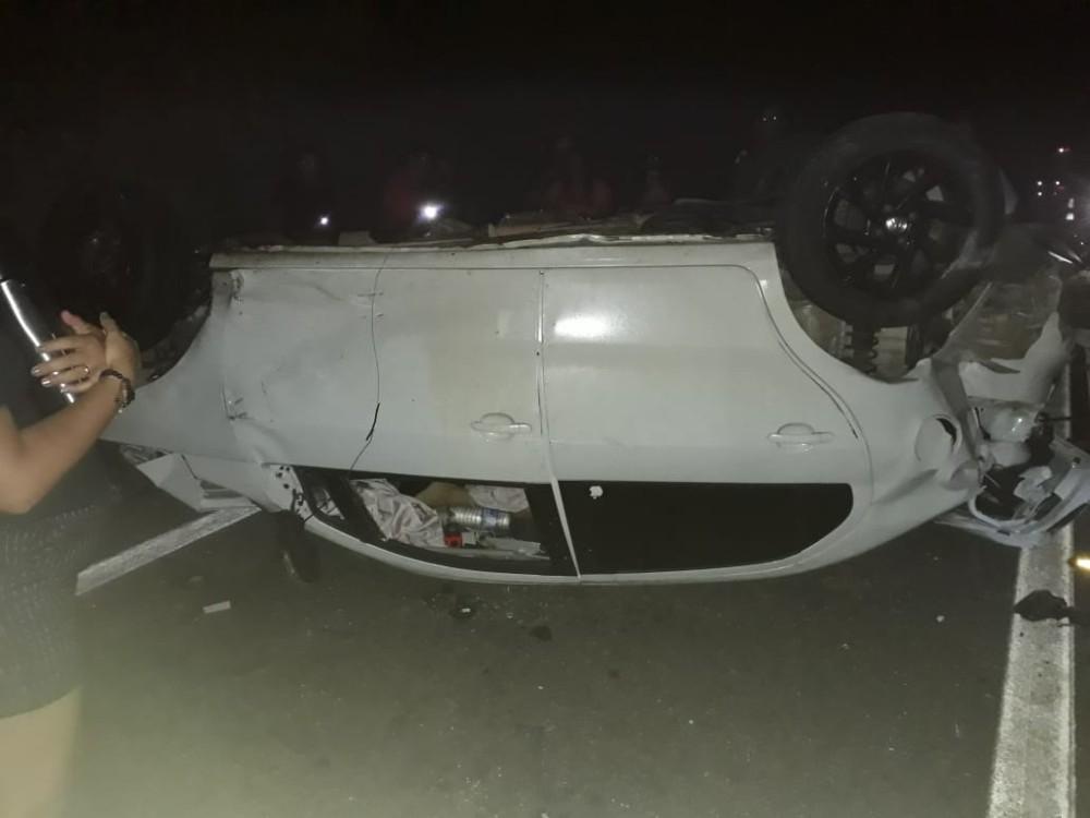 Colisão entre veículos deixa um morto e quatro feridos no Piauí.