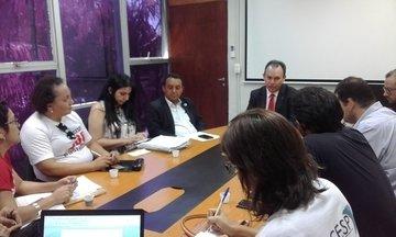 Governo dialoga com professores da Uespi sobre reivindicações
