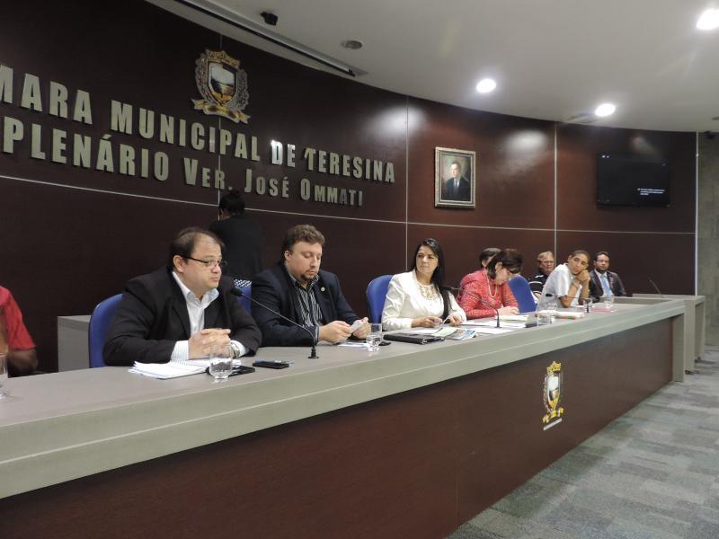 Câmara municipal de Teresina anuncia concurso público