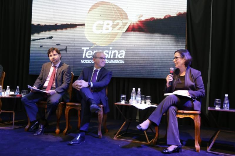 Firmino Filho assina Pacto Global de Prefeitos pelo Clima e Energia