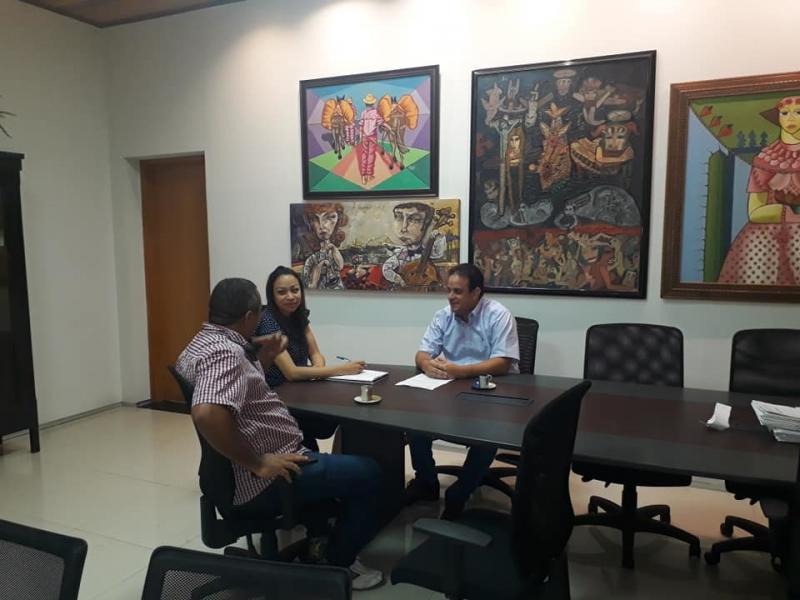 Prefeito de Amarante reúne-se com a secretária de Cultura do Piauí