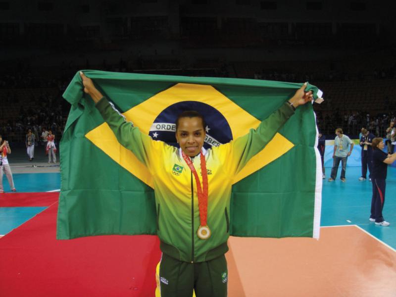 Campeã mundial pela Seleção Brasileira de Vôlei estará em Teresina
