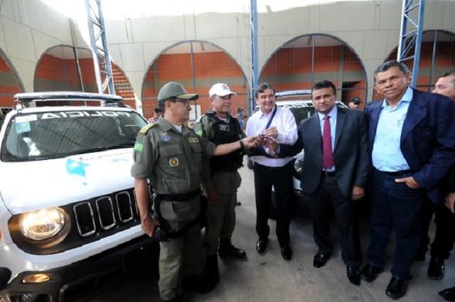 Emendas do Deputado Fábio Abreu entrega viaturas a cidade de Piripiri