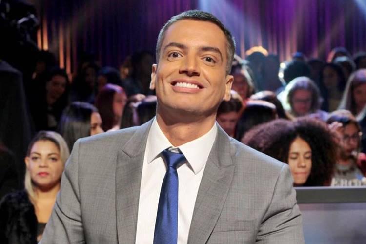 Leo Dias é punido pelo SBT após publicar foto polêmica de apresentadora