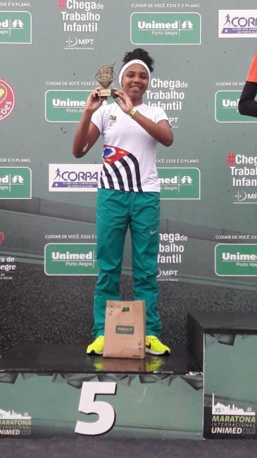 Atleta olhodaguense faz sua estreia na maratona internacional de Porto Alegre