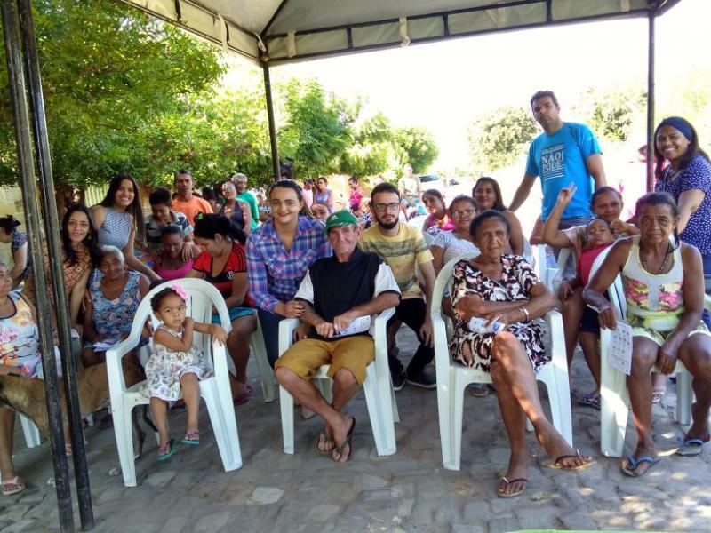 Assistência Social de Água Branca realiza ação itinerante sobre o Cartão Reforma