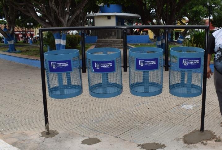 Prefeitura de Luzilândia inicia implantação de novas lixeiras no município