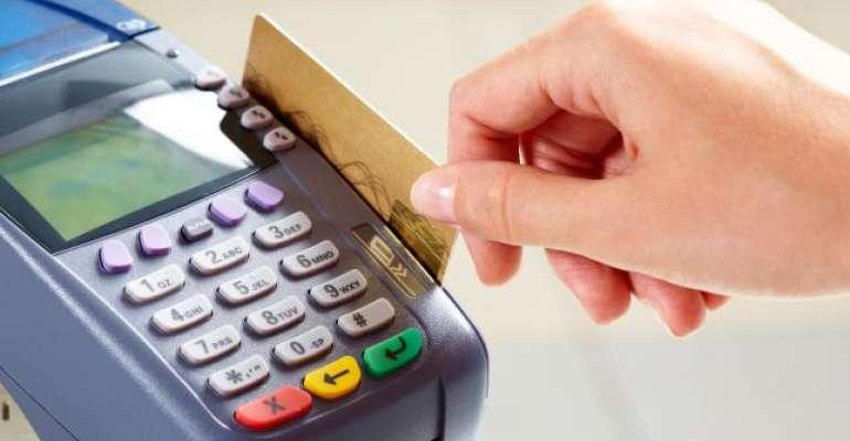 Crédito pode ser negado mesmo com nome limpo; entenda