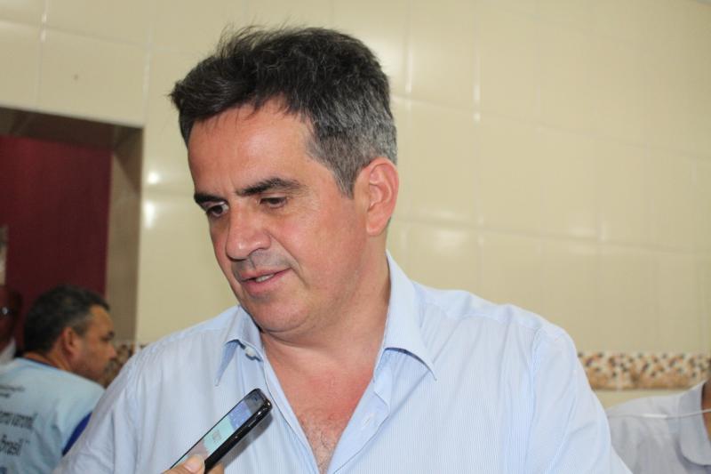 Ciro Nogueira comenta resultado de pesquisas para o Senado