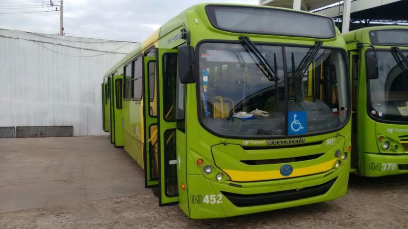 Strans cadastra ônibus para atender usuários de transporte coletivo
