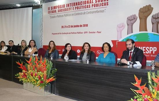 OAB-PI sedia II Simpósio Internacional da UFPI