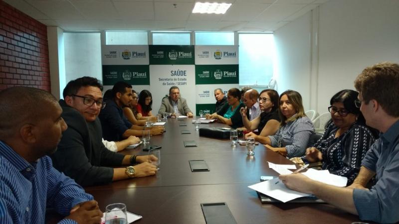 Secretário de saúde de Barra D'Alcântara participou de reunião com o secretário de saúde do estado
