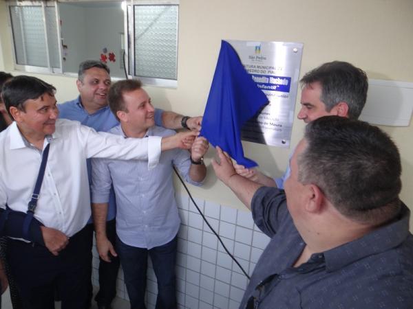 Prefeito Junior Bill e Governador Wellington Dias inauguram varias obras no aniversário de São Pedro