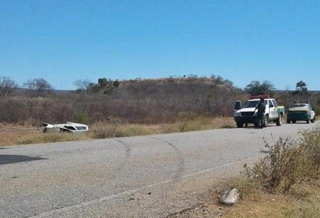 Esposa de pastor morre após carro capotar na PI-249