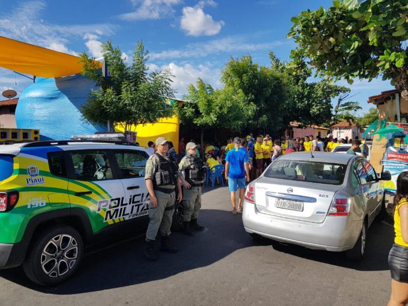 Polícia garante segurança no bairro Saci nesta sexta-feira