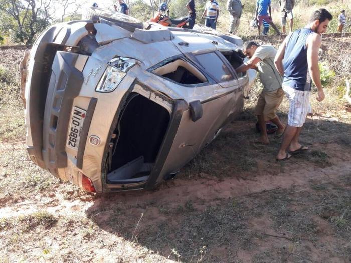 Professora morre em grave acidente de carro no Piauí