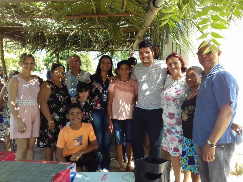 Demerval Lobão | dia festivo no projeto Olho D'água com celebrações e sorteio de presentes