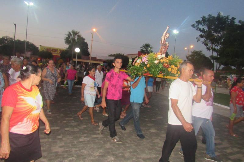 Procissão e missa encerraram o festejo do Padroeiro São João Batista em São João do Arraial