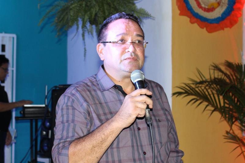 Major Paulo Roberto comemora aniversário com amigos em sua residência