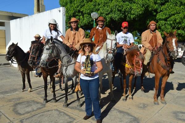 Dia do Vaqueiro começa com Concentração na Praça da Igreja Matriz