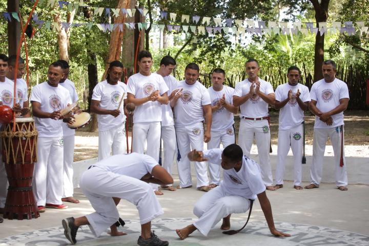 Crianças e adolescentes do SCFV de Altos participam de festival de capoeira