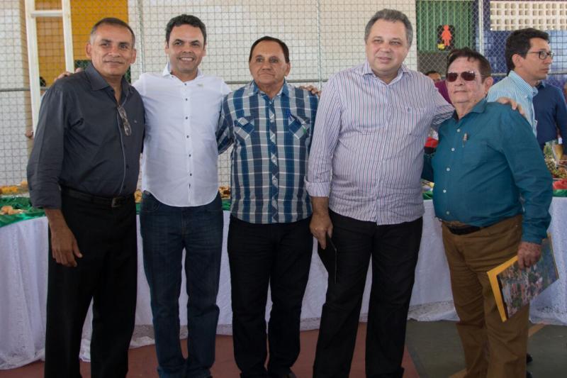 Prefeito Dr. Wagner Coelho participou de encontro com prefeitos em Sebastião Leal