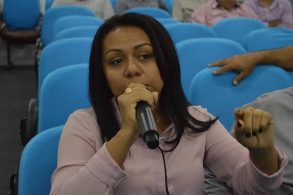 Prefeita Doquinha participa de audiência pública na APPM com a bancada federal