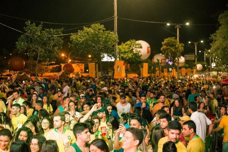 Avenida Raul Lopes é interditada para transmissão do jogo do Brasil