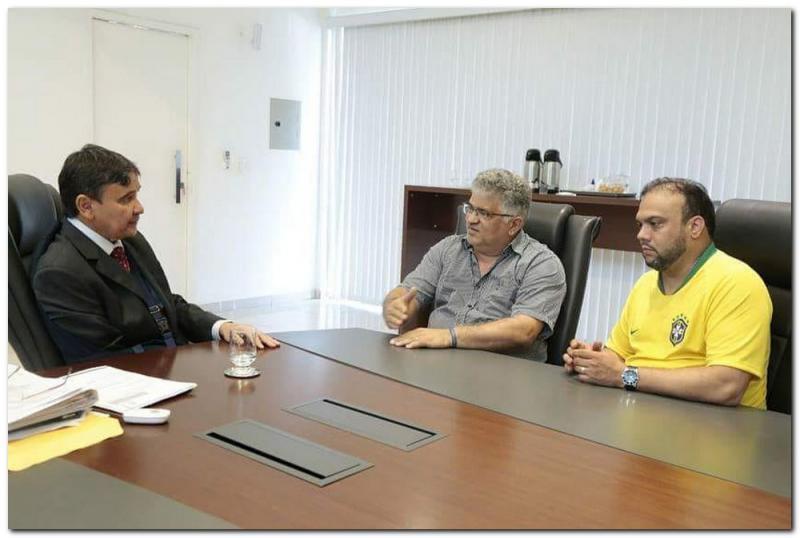 Governador Wellington Dias autoriza obras de pavimentação para Inhuma