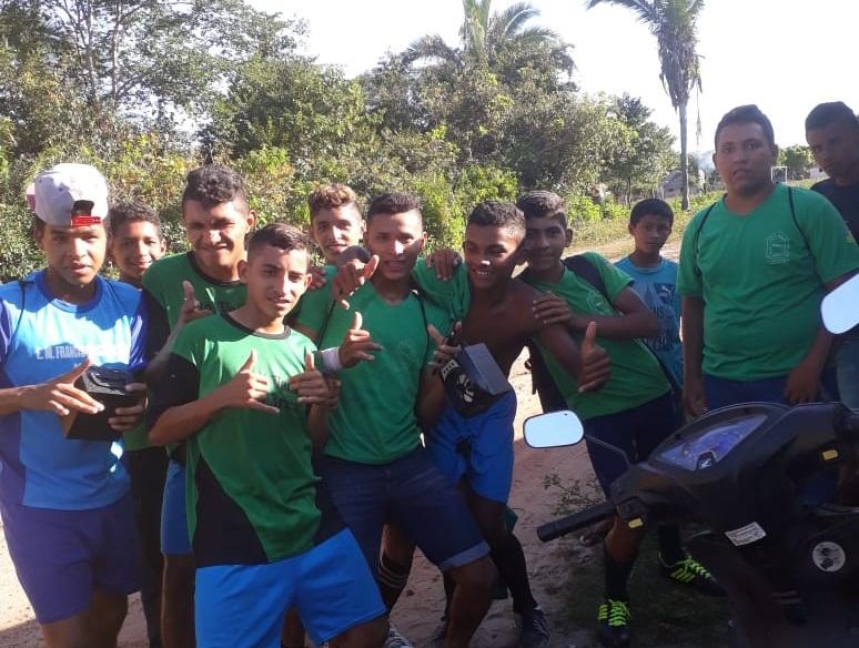 Equipe da Escola Lagoa dos Macacos vence Buriti dos Brito por 7 a 3 na estreia do Intercolegial 2018