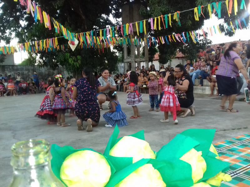 Demerval Lobão | Muita animação e presença da comunidade no arraiá da E. M. Tia Emília (anexo)