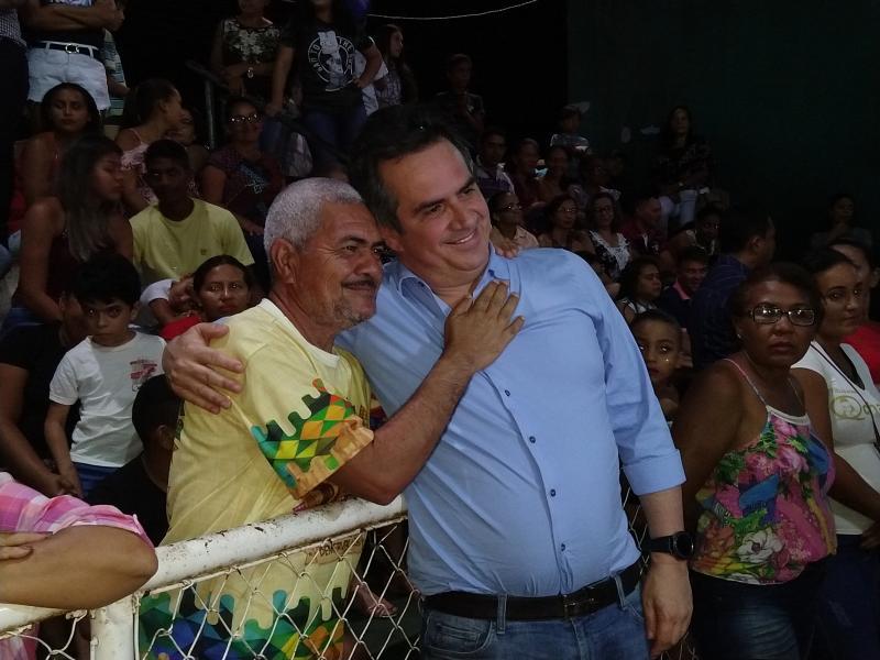 Demerval Lobão | Senador Ciro Nogueira prestigia 'I arraiá do compadre Wanderley'; confira