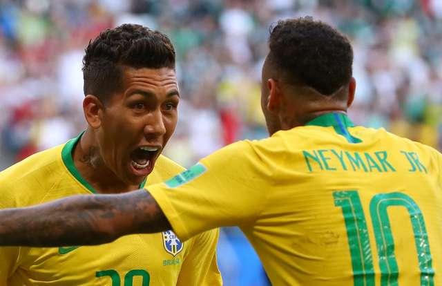 Brasil elimina o México e garante vaga nas quartas de final