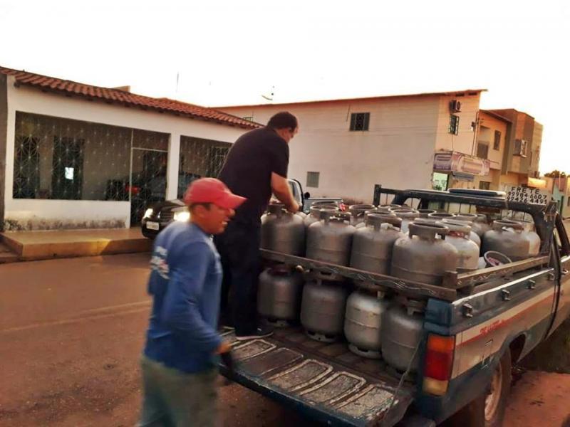 Procon fiscaliza revendedoras de gás e postos de combustíveis no Piauí