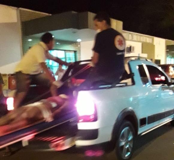 Jovens são atropeladas por caminhão no centro de Esperantina