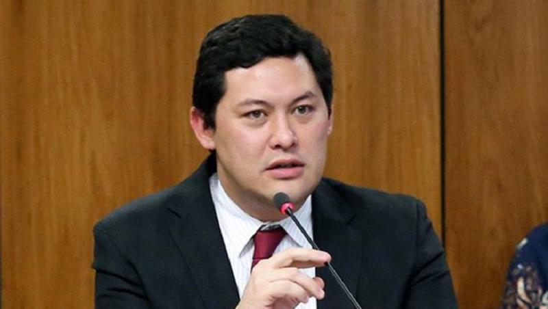 Ministro do Trabalho é afastado pelo STF em investigação sobre fraudes