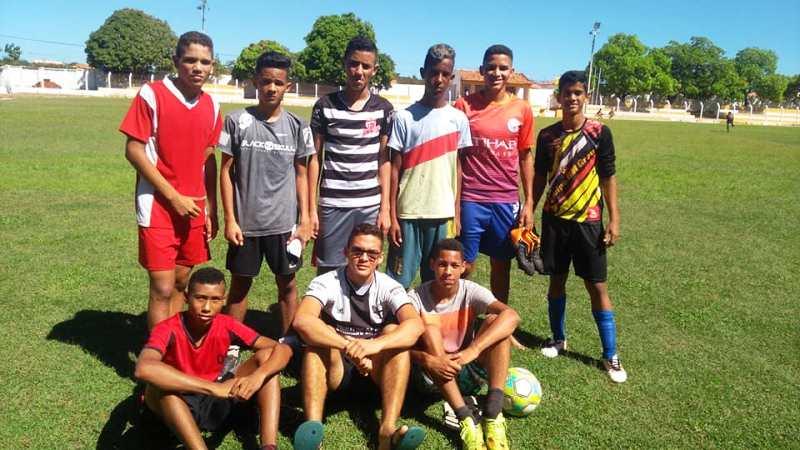 Garotos da escolinha de Barro Duro são selecionados para disputa da Copa do Nordeste 2018