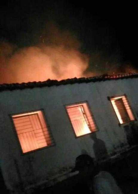 Curto-circuito provoca incêndio em prédio de prefeitura do Piauí