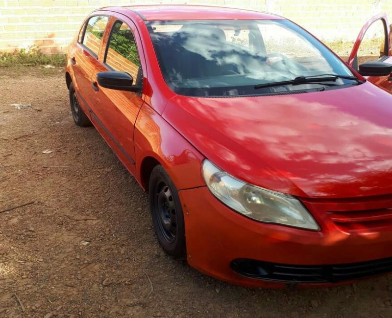 PRF prende no Piauí homem com veículo roubado em Brasília