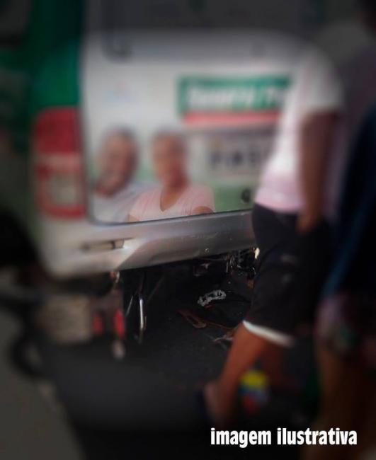 Acidente entre carro e moto deixa homem ferido em Batalha