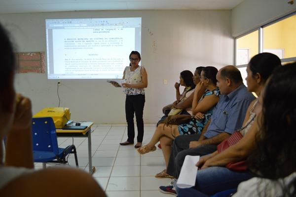 Prefeita Doquinha institui o fórum municipal de educação de Colônia do Gurgueia