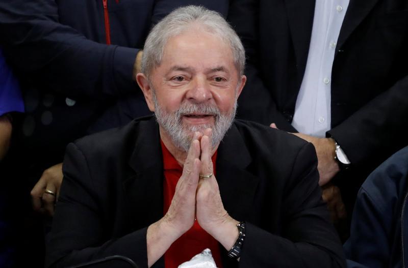 Desembargador do TRF-4 manda soltar ex-presidente Lula da prisão