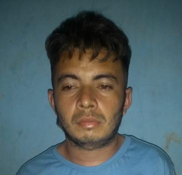 Polícia prende acusado de tráfico de drogas em São João do Arraial