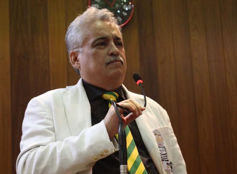Robert Rios afirma que o poder judiciário está envergonhando o país