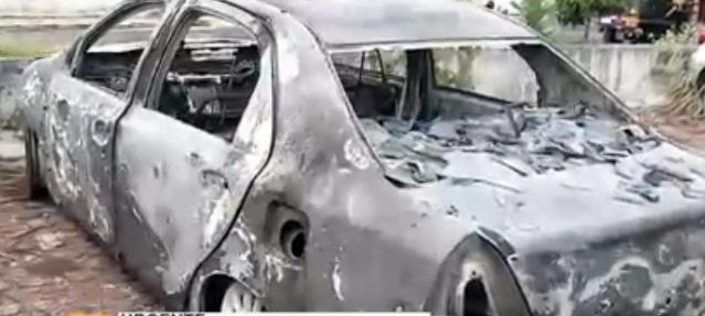 Carro de dono de academia é encontrado incendiado