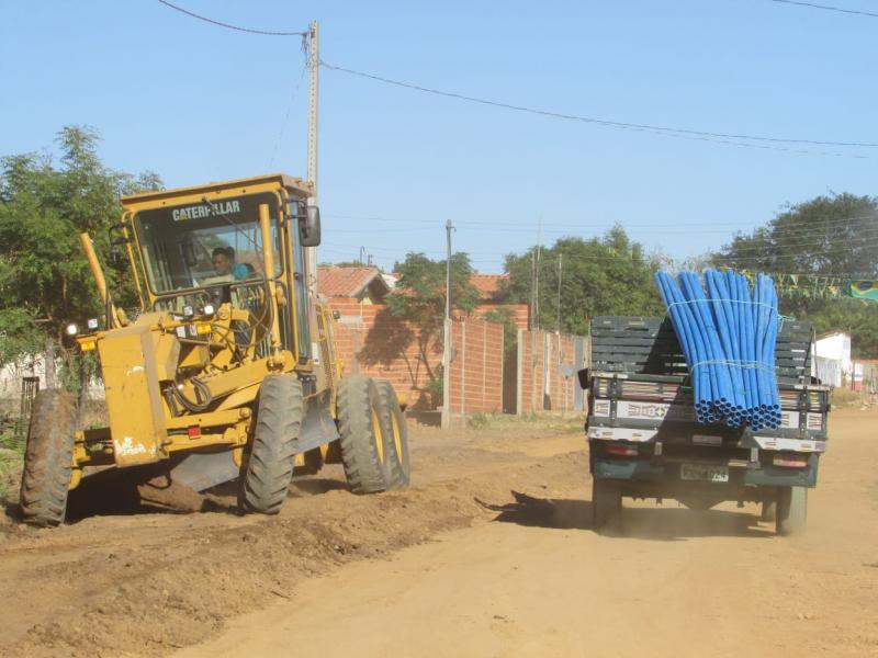 Prefeitura de Lagoinha do Piauí realiza obra para regularizar o abastecimento d'água