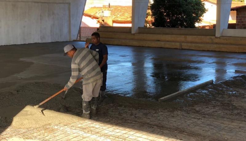 Prefeitura de Landri Sales retoma obra do Ginásio Poliesportivo Municipal