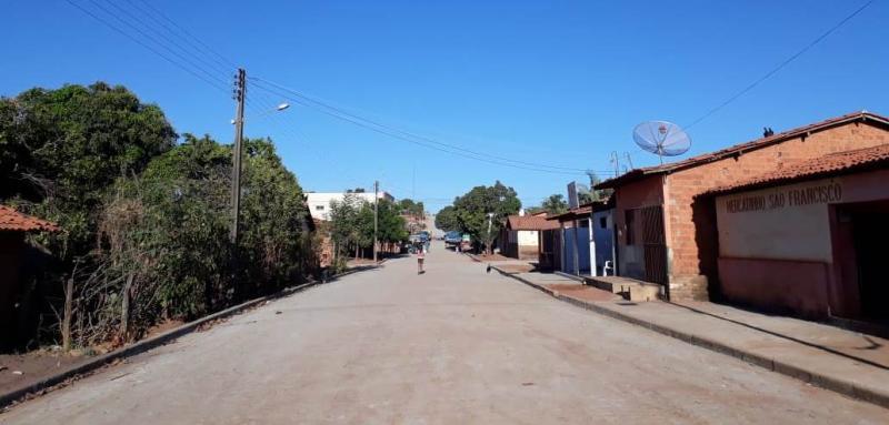 Prefeitura Municipal de Landri Sales conclui mais uma obra de calçamento no município