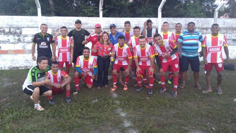Ajax e Vila Nova de Piripiri realizaram jogo amistoso em São João do Arraial