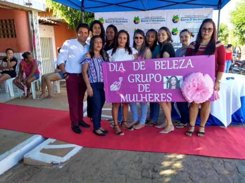 Secretaria de Assistência Social realiza dia de beleza ao grupo de Mulheres de Barra D'Alcântara